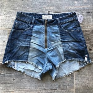 NWT One Teaspoon Zipper Front Shorts Size 26